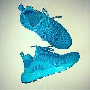 Nike Air Huarache Run Ultra in Gamma Blue